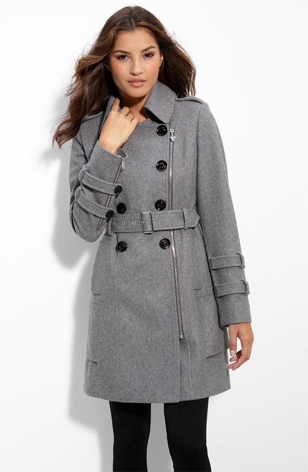 На фото: Стильные пальто женское