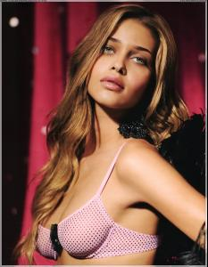 intimissimi_winter_2006_007.jpg