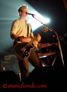 queens_of_the_stone_age_07.jpg