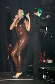Celebutopia-Alesha_Dixon_performs_on_stage_at_G-A-Y_in_London-17.jpg