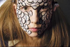 Uliana_Tikhova_McQueeni_Spring_20083.jpg