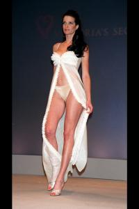 36013_celebrity_city_Stephanie_Seymour_1.jpg