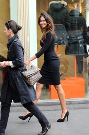 Madalina-Ghenea-Shops-Chopard-Milan-Italy-11022011-02.jpg
