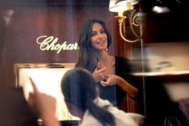 Madalina-Ghenea-Shops-Chopard-Milan-Italy-11022011-06.jpg