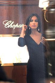 Madalina-Ghenea-Shops-Chopard-Milan-Italy-11022011-11.jpg