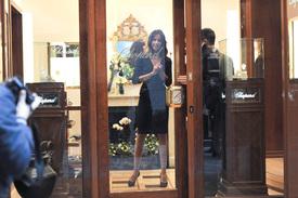 Madalina-Ghenea-Shops-Chopard-Milan-Italy-11022011-16.jpg