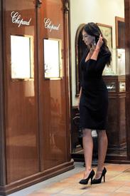 Madalina-Ghenea-Shops-Chopard-Milan-Italy-11022011-21.jpg
