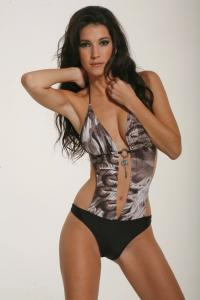 Ines_Pujol_-_Cyn__Luca_Swimwear_2009_Collections_027.jpg