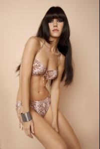Ines_Pujol_-_Cyn__Luca_Swimwear_2009_Collections_011.jpg