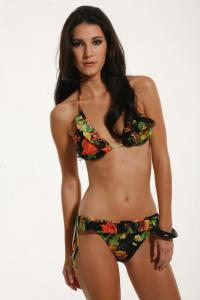 Ines_Pujol_-_Cyn__Luca_Swimwear_2009_Collections_004.jpg
