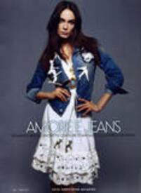 Adrijana_VanityFairIT_issue12_ChristopheMeimoon_1.jpg