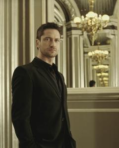 Gerard_Butler___Jean_Francois_Robert_Photoshoot2004_LJ__hireshunks.jpg