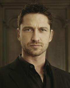 Gerard_Butler___Jean_Francois_Robert_Photoshoot2004_LJ__hireshunks2.jpg