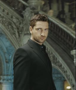 Gerard_Butler___Jean_Francois_Robert_Photoshoot2004_LJ__hireshunks3.jpg