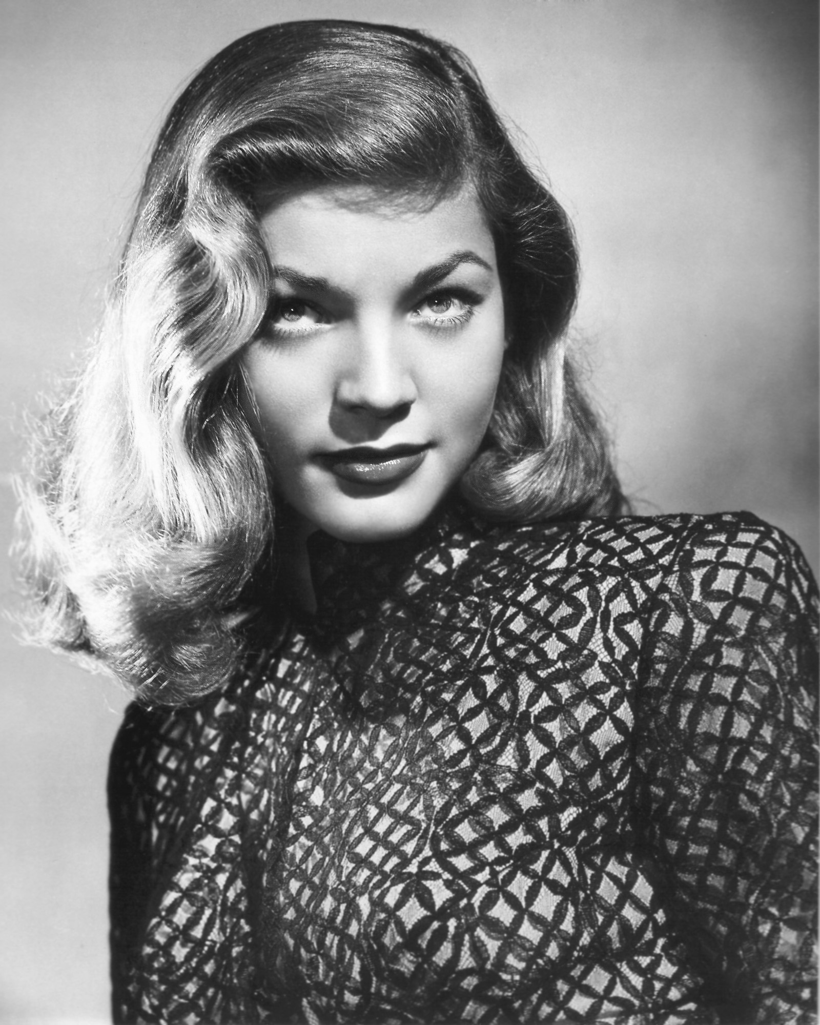 How Do You Put Quotes On Pictures: Lauren Bacall