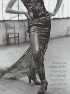 Vogue_Spain_December_1998_ESCUELA_FLAMENCA__6_.jpg