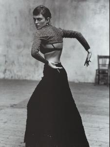 Vogue_Spain_December_1998_ESCUELA_FLAMENCA__11_.jpg