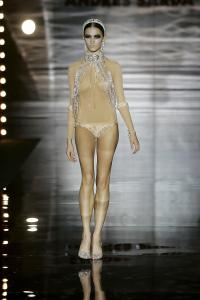 26936_celebrity_city_Andres_Sarda_Fashion_Show_6_123_201lo.jpg