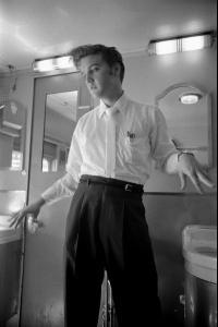 1956_tren21.jpg