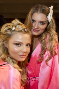 fashion-show-hair-makeup-2012-lily-d-magdalena-f-victorias-secret-hi-res.jpg