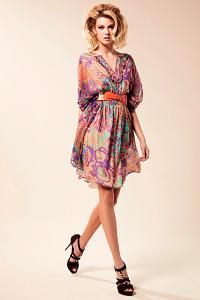 blumarine-ready-to-wear-2012-pre-spring-146329.jpg