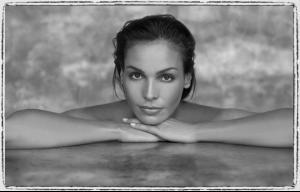 Inés, 2009, by Oleg Covian1.jpg