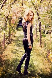 Vanessa Paradis by Ellen Von Unwerth for Madame Figaro 2013-005.jpg