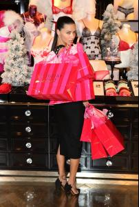 adriana-lima-at-victoria-s-secret-uk-photocall-in-london-52-photos-december-2013_41.jpg