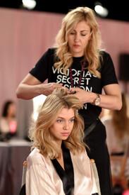 2014_Victoria_Secret_Fashion_Show_Hair_Makeup_CL.jpg