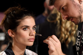 2014_Victoria_Secret_Fashion_Show_Hair_Makeup_Xw.jpg