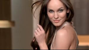 Clairol Natural Instincts Clinically Proven model.jpg