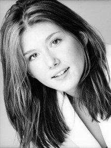 Jewel Staite - Actresses - Bellazon