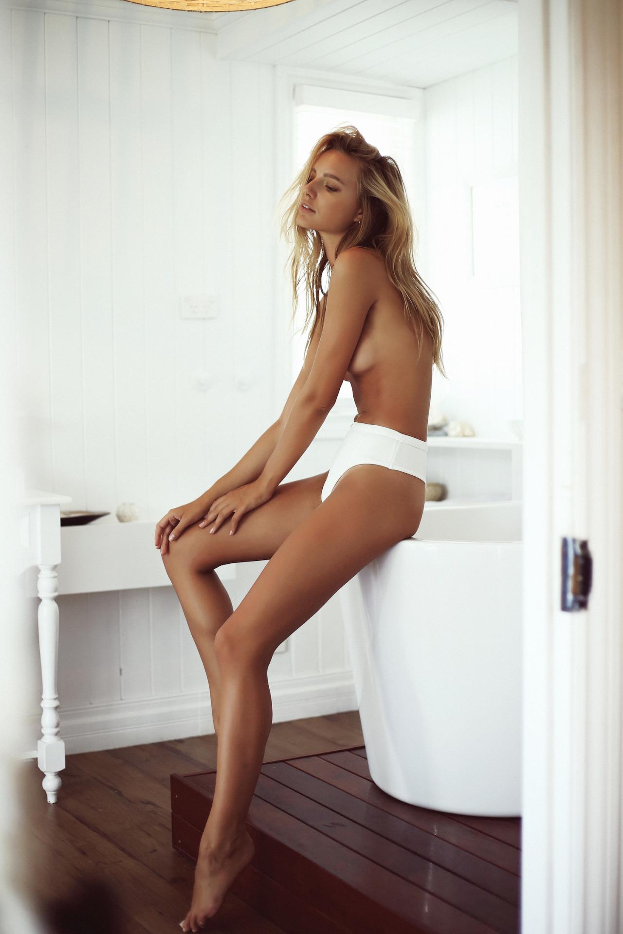 Young Courtney Stodden naked (31 photos), Ass, Is a cute, Boobs, butt 2006
