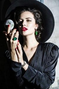 Samara Faust e.jpg