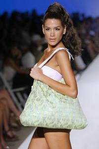 23583_Miami_Swim_Celebrity_City_FS_41376_123_921lo.jpg