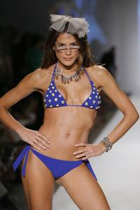 81628_Miami_Swim_Celebrity_City_FS_6442_123_96lo.jpg