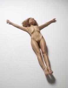 julia-nude-figures-41-10000px.jpg