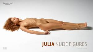 julia-nude-figures-board.jpg