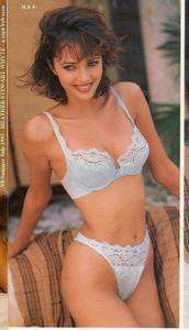 1995-06-vsc-summersale-3-11-heatherstewartwhyte-b2.jpg