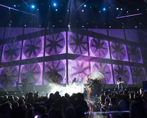 zara-larsson-2016-radio-disney-music-awards-microsoft-theater-in-los-angeles-043016-9.jpg