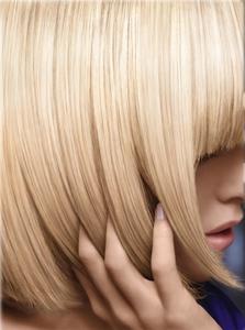 Nivea-Blonde-gloss-Gregory-Kaoua-1_804_ca.jpg