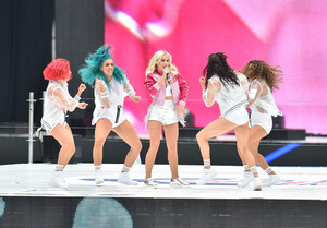 Zara-Larsson---Performs-at-2016-Capital-FM-Summertime-Ball--08.jpg