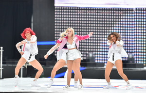 Zara-Larsson---Performs-at-2016-Capital-FM-Summertime-Ball--12.jpg