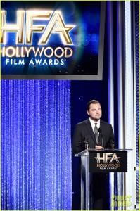 leonardo-dicaprio-hollywood-film-awards-2016-03.jpg