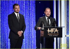 leonardo-dicaprio-hollywood-film-awards-2016-06.jpg