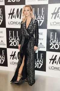 Zara-Larsson--Elle-Galan-Event-2017--04.jpg