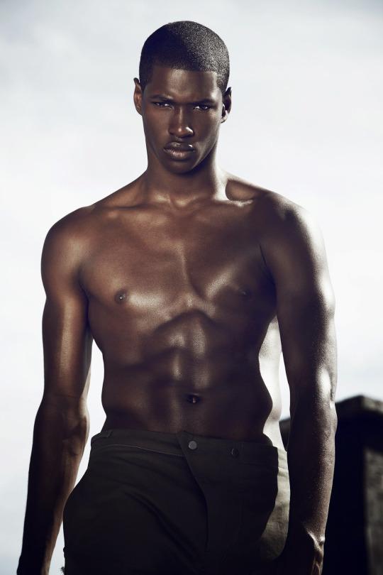 Ronald Epps - Male Fashion Models - Bellazon-2144