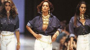589fb2dbced95_Cindy-Crawford-Marpessa-HenninkYasmeen-Ghauri-Versace-1992-01.thumb.jpg.84354a1c5f9fc9f946708555df85b810.jpg
