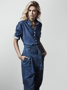 Susanne Holmsäter shirt factory5.jpg