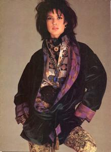 Blanch_Vogue_US_August_1984_02.thumb.jpg.ae51c581edf29d0a8cf0bfe189e9fc8d.jpg